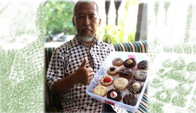 Prof. Wisnu Gadjito, motor penggerak The Green Coco Island, menampilkan TGCI Doughnut